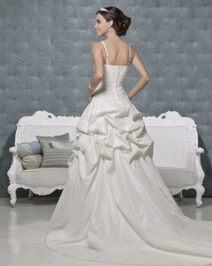 Picture of Back of Addisson Wedding Dress - Amanda Wyatt 2011 Collection