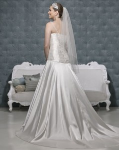 Picture of Back of Avery Wedding Dress - Amanda Wyatt 2011 Collection