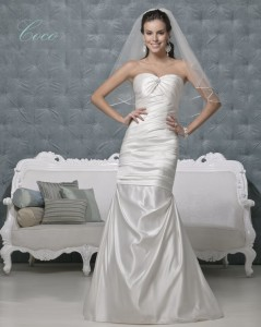 Picture of Coco Wedding Dress - Amanda Wyatt 2011 Collection