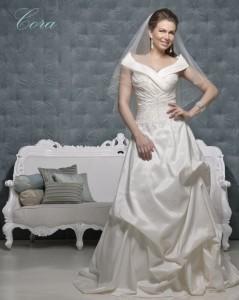 Picture of Cora Wedding Dress - Amanda Wyatt 2011 Collection
