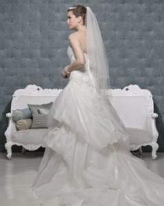 Picture of Back of Ebony Ivory Wedding Dress - Amanda Wyatt 2011 Collection