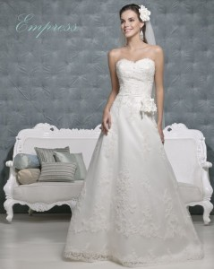 Picture of Empress Wedding Dress - Amanda Wyatt 2011 Collection