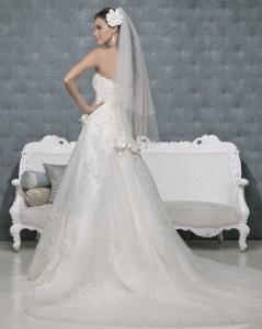 Picture of Back of Empress Wedding Dress - Amanda Wyatt 2011 Collection