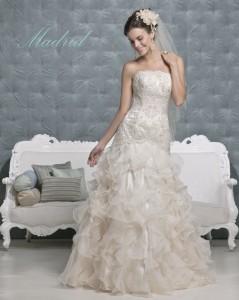 Picture of Madrid Wedding Dress - Amanda Wyatt 2011 Collection