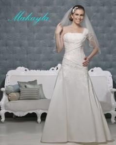 Picture of Makayla Wedding Dress - Amanda Wyatt 2011 Collection