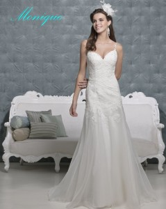 Picture of Monique Wedding Dress - Amanda Wyatt 2011 Collection