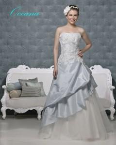 Picture of Oceana Blue Wedding Dress - Amanda Wyatt 2011 Collection