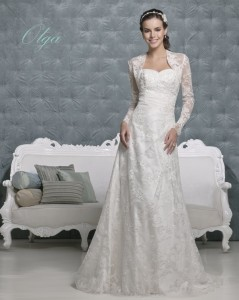 Picture of Olga Wedding Dress - Amanda Wyatt 2011 Collection
