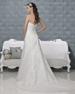 Picture of Back of Olga Wedding Dress - Amanda Wyatt 2011 Collection
