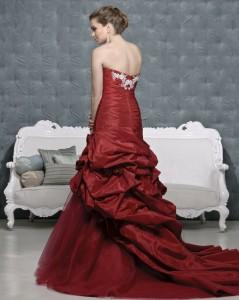Picture of Back of Peyton Crimson Wedding Dress - Amanda Wyatt 2011 Collection