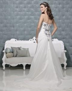 Picture of Back of Raven Ivory Black Wedding Dress - Amanda Wyatt 2011 Collection