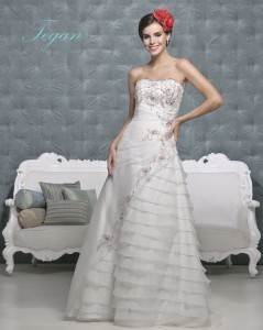 Picture of Tegan Wedding Dress - Amanda Wyatt 2011 Collection