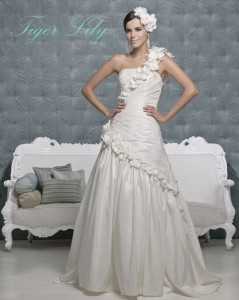 Picture of Tiger Lily Wedding Dress - Amanda Wyatt 2011 Collection