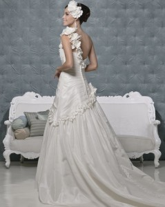 Picture of Back of Tiger Lily Wedding Dress - Amanda Wyatt 2011 Collection