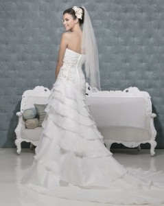 Picture of Back of Valencia Wedding Dress - Amanda Wyatt 2011 Collection