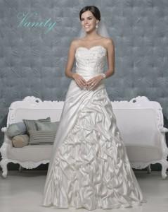 Picture of Vanity Wedding Dress - Amanda Wyatt 2011 Collection