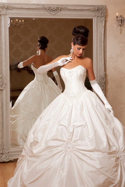 Picture Of Theodora Wedding Dress Hollywood Dreams 2017 Collection