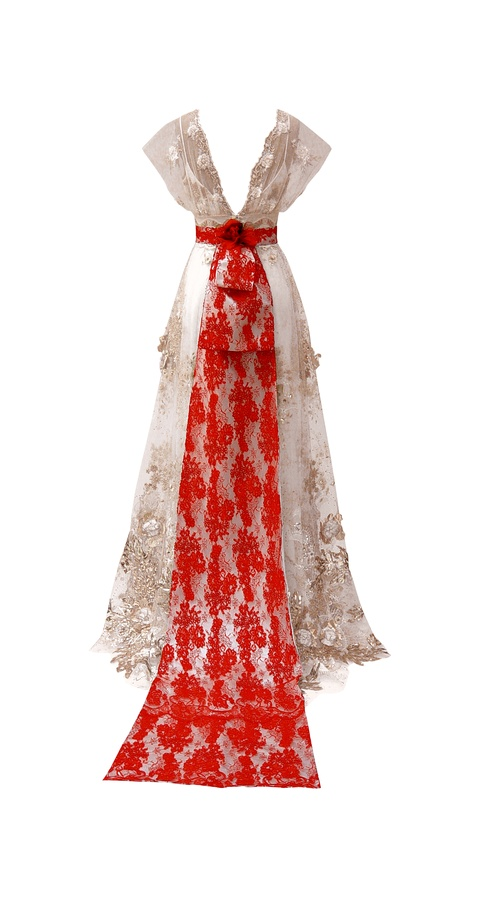 Madame butterfly dress back the wedding community blog for Butterfly back wedding dress