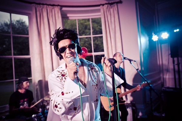 Wedding guest dressed as Elvis - Martins Kikulis Photography