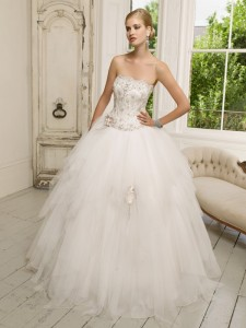 Picture of 64010 Dana Wedding Dress - Ronald Joyce 2011 Collection