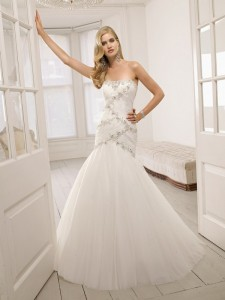 Picture of 64013 Dea Wedding Dress - Ronald Joyce 2011 Collection