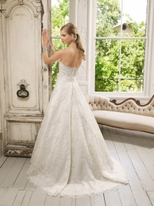 Picture of Back of 64026 Darling Wedding Dress - Ronald Joyce 2011 Collection