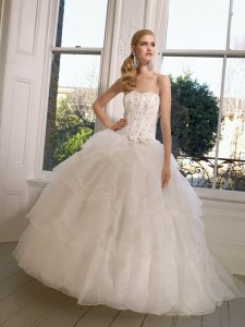 Picture of 65006 Daryl Wedding Dress - Ronald Joyce 2011 Collection