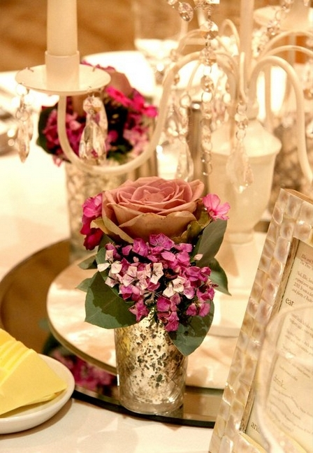 Rose wedding table display by The Little Wedding Helper