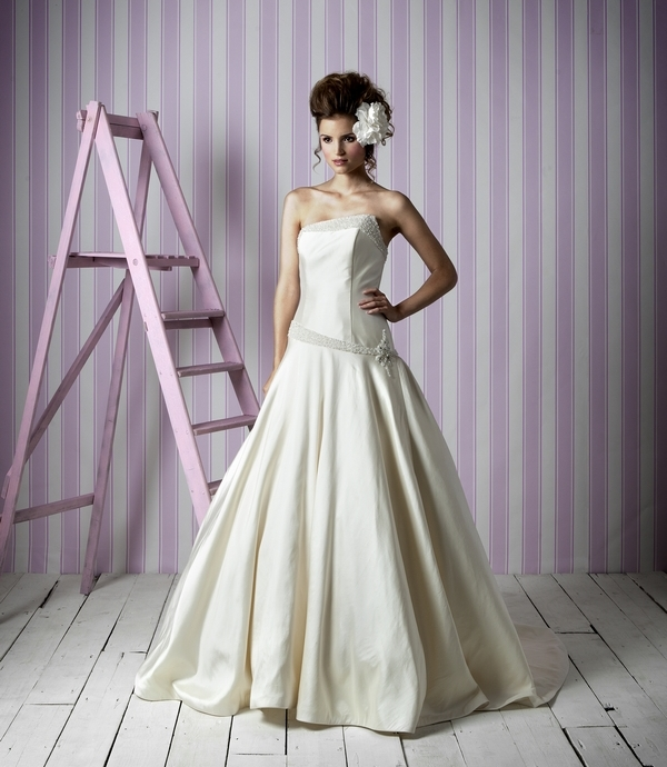 Victoria Cream Charlotte Balbier Candy Kisses 2014 Collection