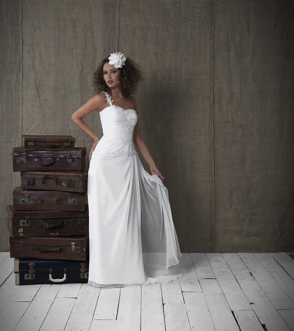 Fiji - Amanda Wyatt WOW 2012 Collection