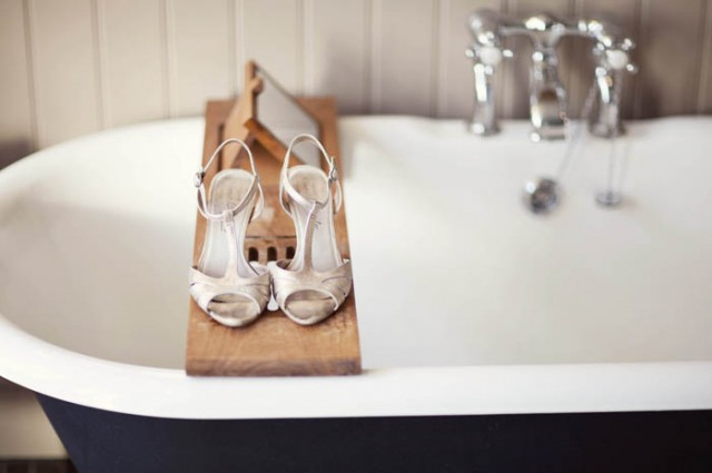 Bridal shoes on a bath - Picture by Laura McCluskey Photography
