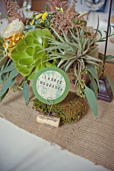 Wedding name place card - Picture by Captured by Aimee