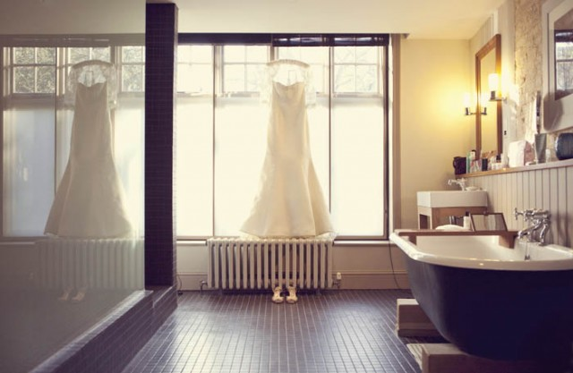Bride's Vera Wang wedding dress - Picture by Laura McCluskey Photography