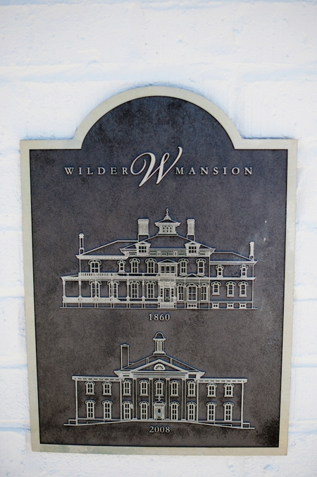 Wilder Mansion sign - Picture by Rojo Foto Design
