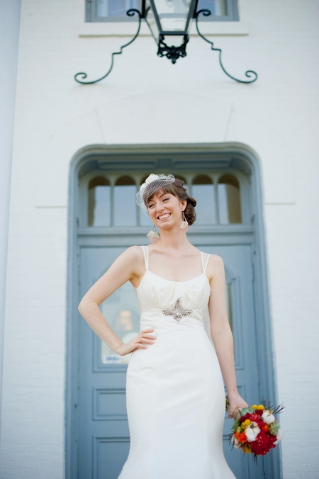 Bride outside Wilder Mansion - Picture by Rojo Foto Design