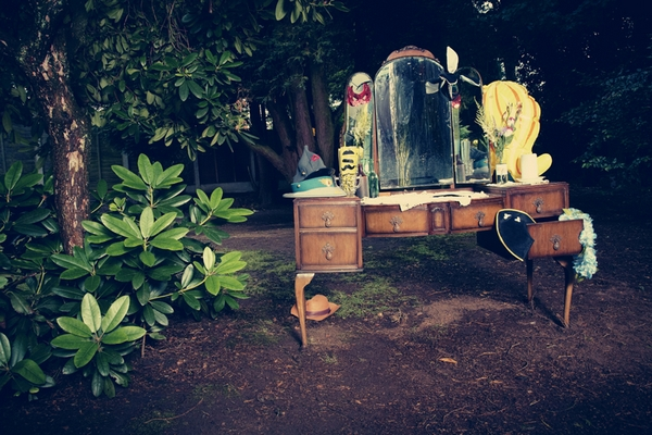Dressing table wedding prop in woods - Picture by Ian Shoots Weddings