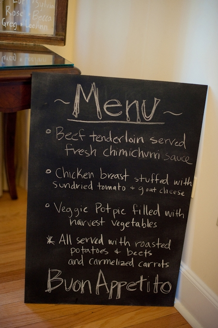 Chalkboard wedding menu - Picture by Rojo Foto Design