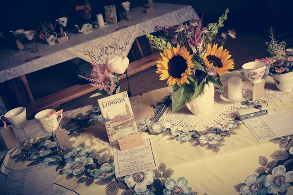 Vintage wedding table display with sunflowers - Picture by Ian Shoots Weddings