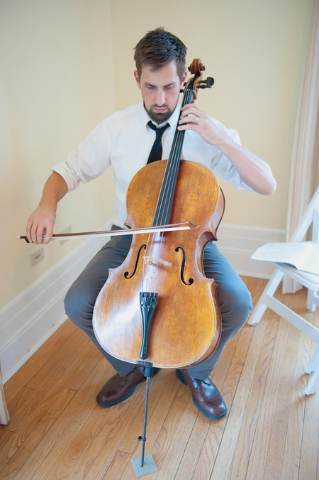 Wedding cellist - Picture by Rojo Foto Design