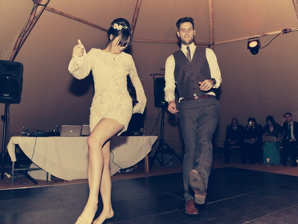 Bride and groom dance routine - Picture by Ian Shoots Weddings