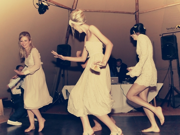 Bridesmaids dancing at wedding - Picture by Ian Shoots Weddings