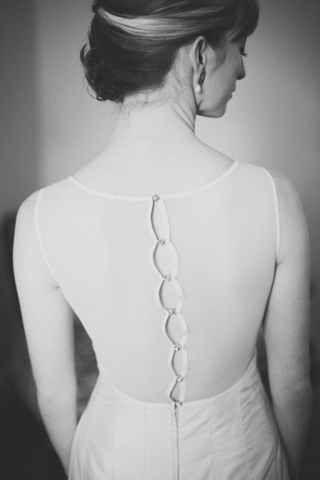 Back of wedding dress - Picture by Rojo Foto Design
