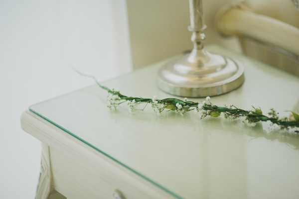 Foliage on glass top table - Picture by Jonas Peterson Photography