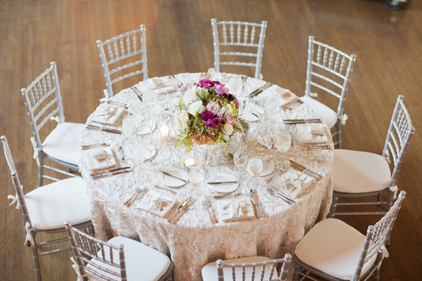 Wedding table display - Picture by Allyson Magda Photography