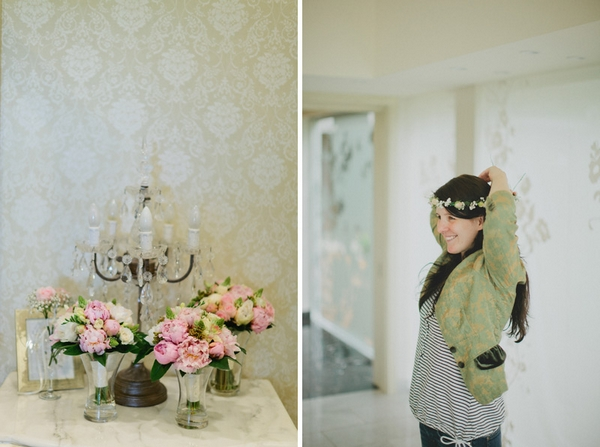 Wedding flowers and bride putting on headband - Picture by Jonas Peterson Photography