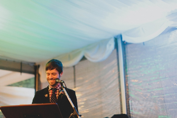 Groom giving wedding speech - Picture by Jonas Peterson Photography