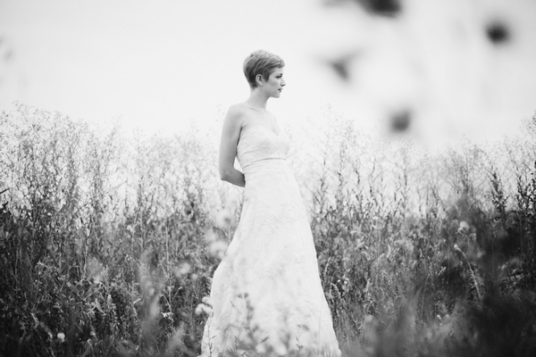 Black and white picture of a bride - Picture by Josh Dookhie Photography