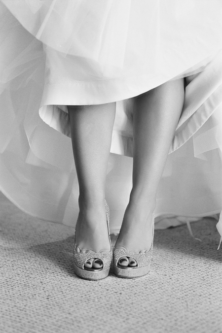 Bride's legs - Picture by Yvette Roman Photography