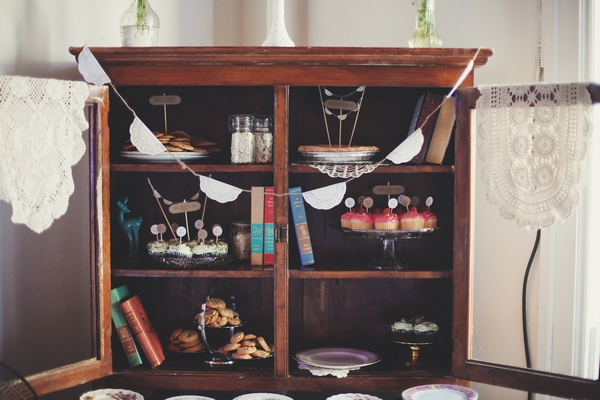 Vintage cabinet with cupcakes - Picture by Josh Dookhie Photography