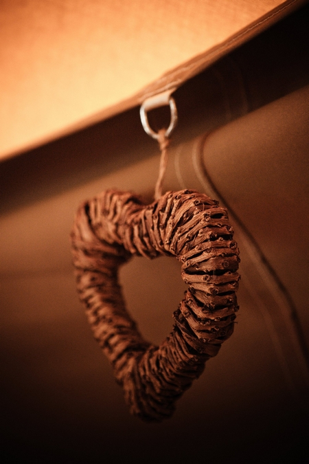 Heart hanging in tipi - Picture by Archibald Photography